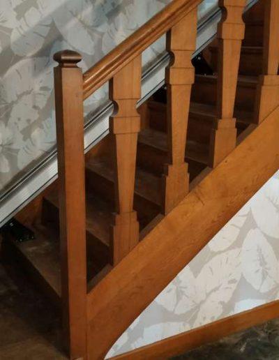 Monte-escalier en bas déplié